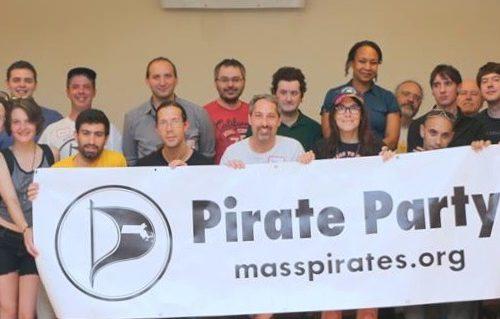 I Pirati del Massachussets si incontrano on line